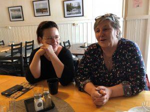 Elisabeth Grund (till vänster) och Annica Sundin (till höger)